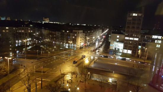 Sheraton Munchen Westpark Hotel: The view from the 6th floor