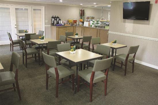La Quinta Inn & Suites Sunrise Sawgrass Mills: Restaurant