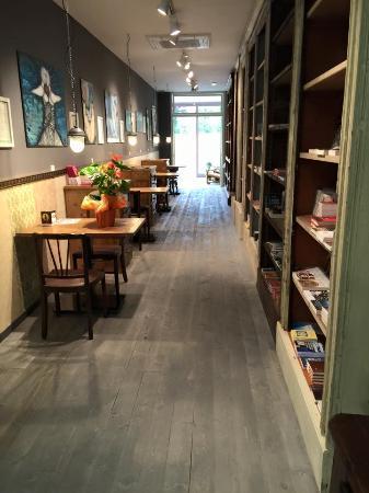 Mosaica book bar
