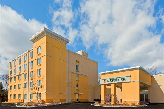 La Quinta Inn & Suites Danbury: Exterior view