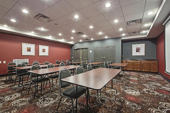 La Quinta Inn & Suites Harrisburg Hershey : Meeting room