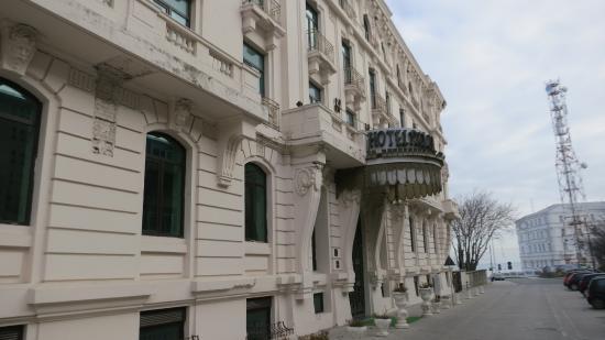 Hotel Palace: вид на отель 1