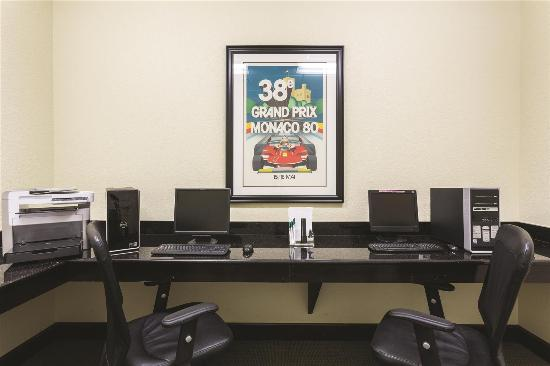 La Quinta Inn & Suites Sebring: Business center