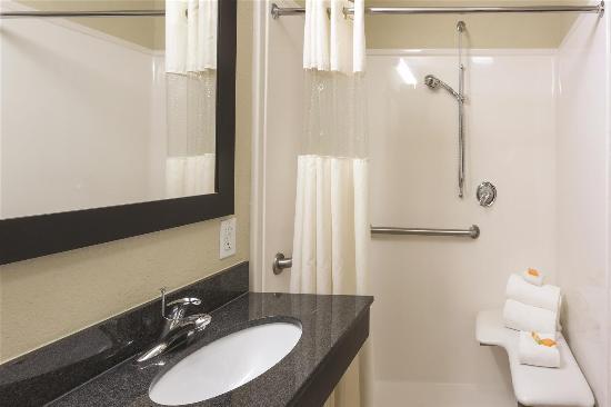 La Quinta Inn & Suites Sebring: Guest room