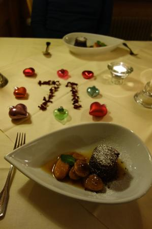 Hotel Alpenruh Restaurant: chocolate cake desert