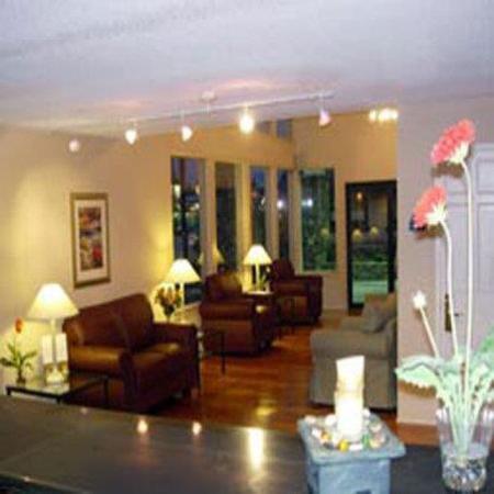 La Quinta Inn Bishop - Mammoth Lakes: Lobby view