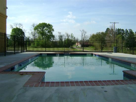 Broussard, LA: Pool view