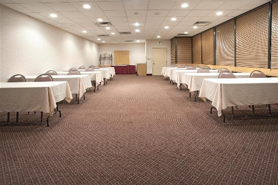 La Quinta Inn Casper: Meeting Room