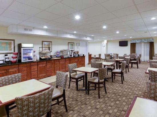 La Quinta Inn Amp Suites Lexington Park Patuxent