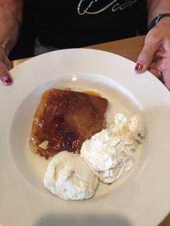 Mount Lemmon, AZ: Peach cobbler with vanilla ice cream