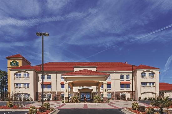 Photo of La Quinta Inn & Suites Searcy