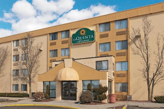 Photo of La Quinta Inn & Suites Warwick Providence Airport