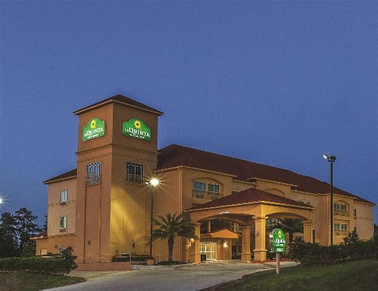 Photo of La Quinta Inn & Suites Cleveland