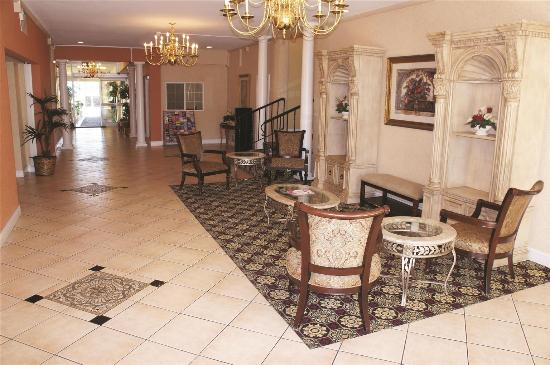 La Quinta Inn Berkeley: Lobby view