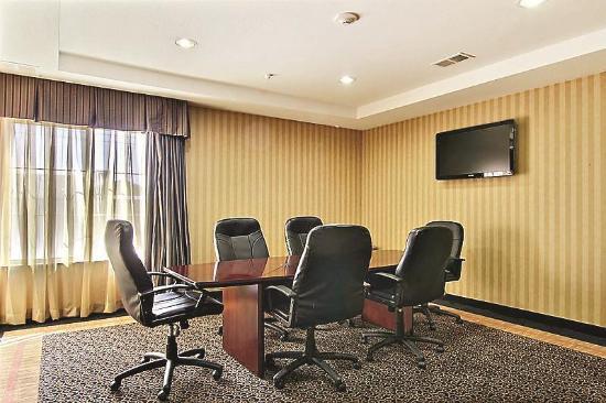 La Quinta Inn & Suites Hobbs: Meeting room