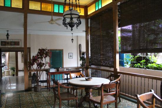Hotel Kota: В фойе