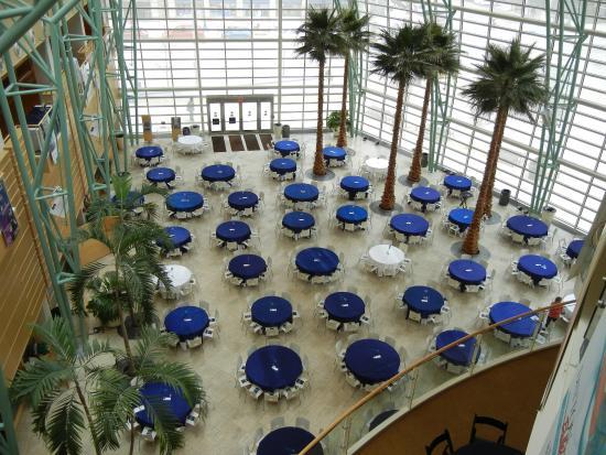 Benjamin & Marian Schuster Performing Arts Center: Table set for 2014 DPAA Gala