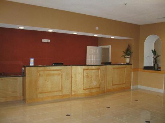 Alvarado, เท็กซัส: Lobby view
