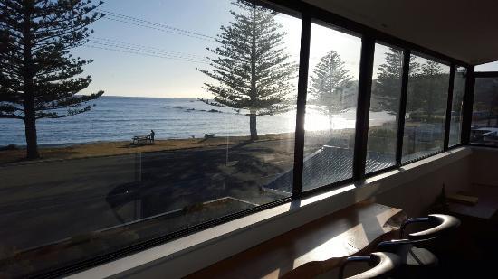 Seaview Motel: 20151224_071850_001_large.jpg