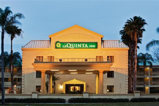 La Quinta Inn Tampa Near Busch Gardens: Exterior view