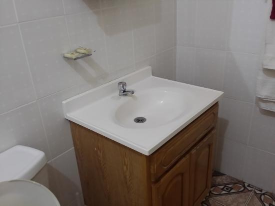 La Heliconia: Bathroom