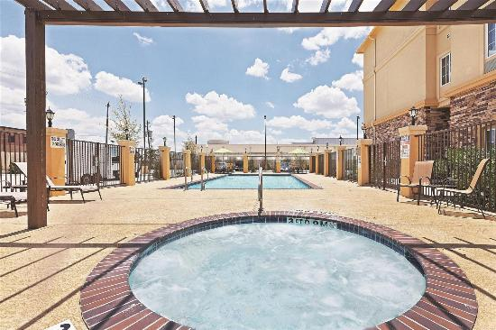 La Quinta Inn & Suites Houston Energy Corridor: Pool view