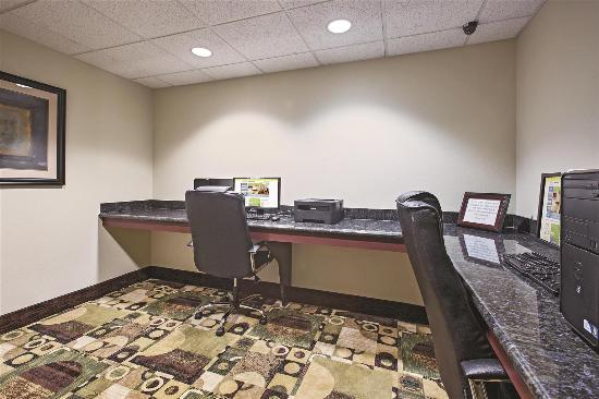 La Quinta Inn & Suites Lancaster: Business center