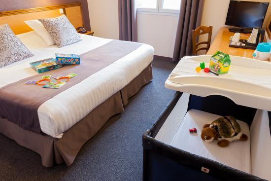 Comfort Hotel Paray Le Monial : Pour les parents avec enfant en bas âge un kit bébé vous facilitera votre séjour