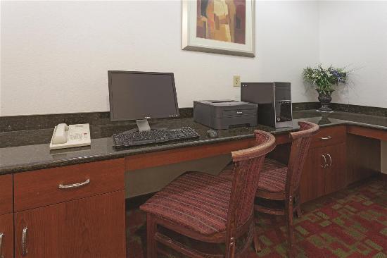 La Quinta Inn & Suites St. Augustine: Business center