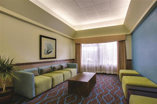 La Quinta Inn Wytheville: Lobby seating