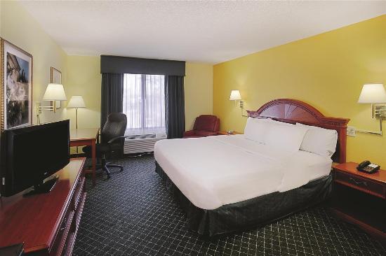 La Quinta Inn North Myrtle Beach: Guest room