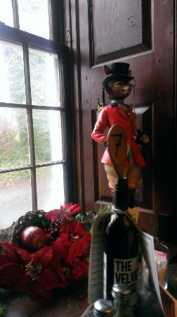 Upperville, VA: Charming Hunt Decor