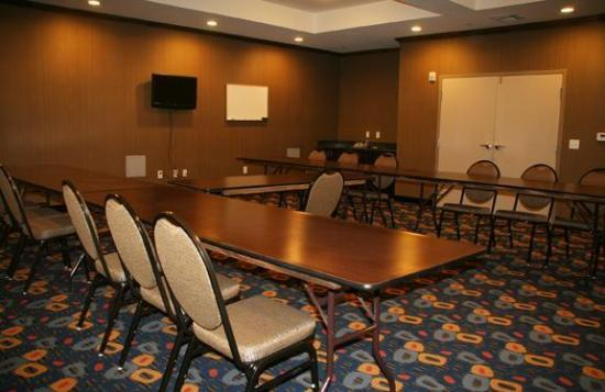 La Quinta Inn & Suites Glen Rose : Meeting Room