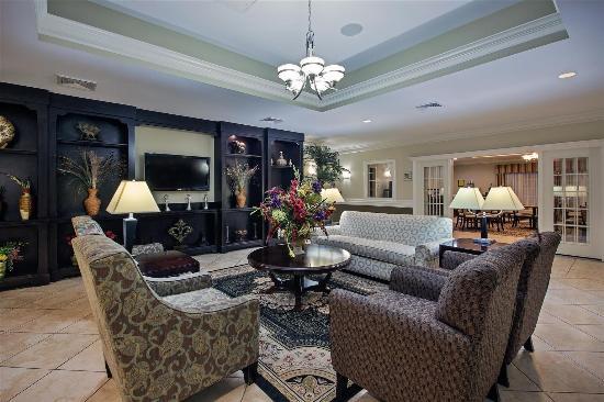 La Quinta Inn & Suites Iowa: Lobby view