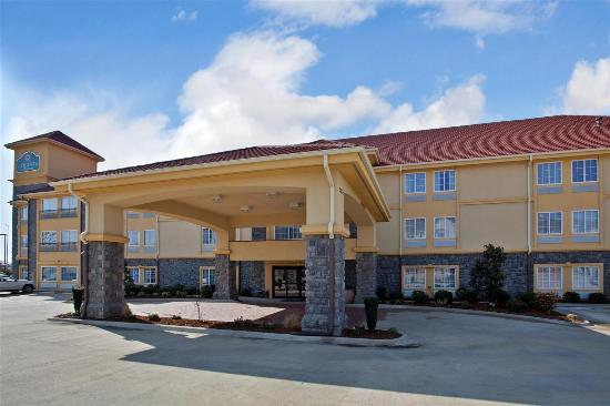 Photo of La Quinta Inn & Suites Conway