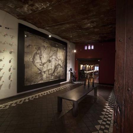 La Noria: Lobby, Tradicionalmente Contemporaneo