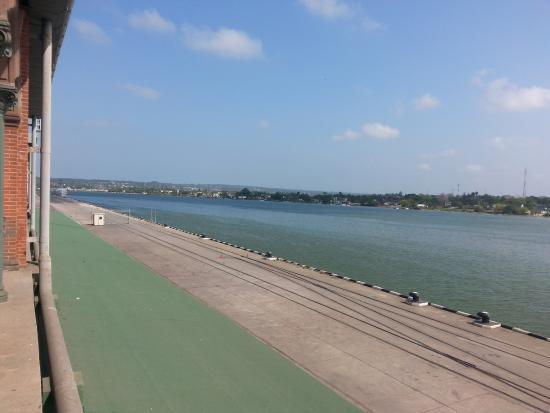 Antigua Aduana MarItima