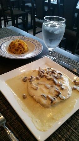 Mof ngo de camarones en crema de ajo picture of for El salas restaurante