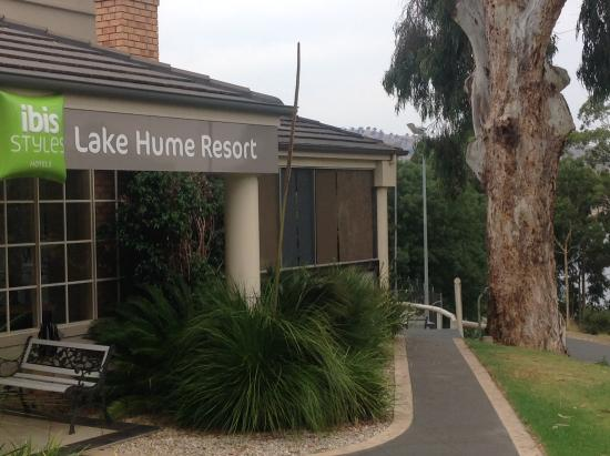 Lake Hume Village, Australia: Entrance to Reception and dining room