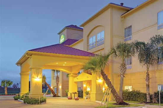 La Quinta Inn & Suites New Caney