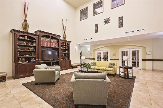 New Caney, TX: Lobby view