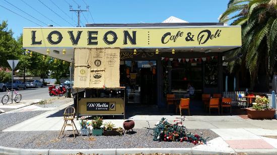 Loveon Cafe