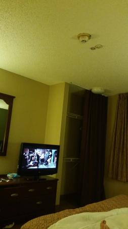 Extended Stay America - San Diego - Mission Valley - Stadium: 20151223_174828_large.jpg
