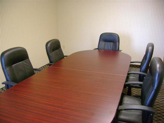 La Quinta Inn & Suites Dayton North - Tipp City: Meeting room