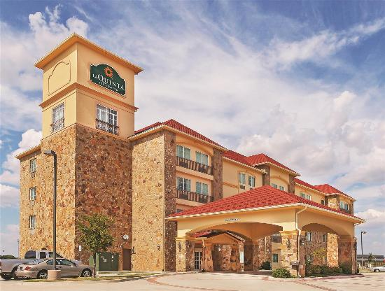 Photo of La Quinta Inn & Suites McKinney