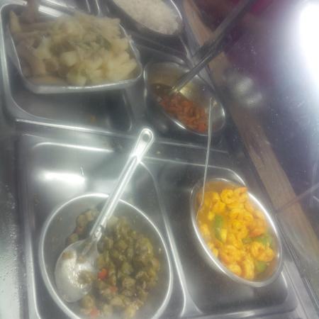 Singh's Fast Food Restaurant: curry shrimp, boiled green banana