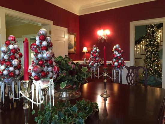 """Clifton Forge, Wirginia: Dining room table--my fiance anctually said, """"If I lived here, I would believe in Christmas."""""""