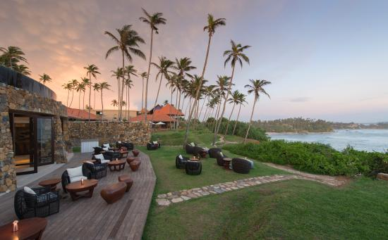 Cape Weligama Moon Bar Deck (165073865)