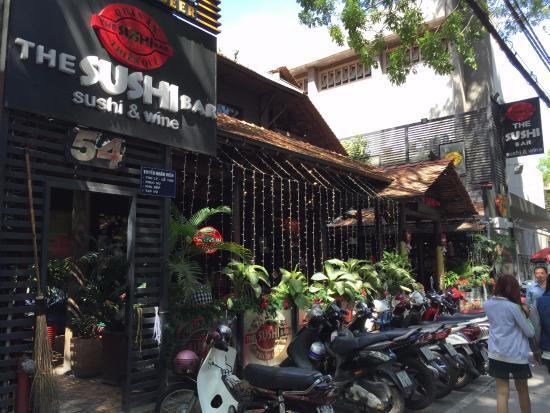 The Sushi Bar 3 : Entrance
