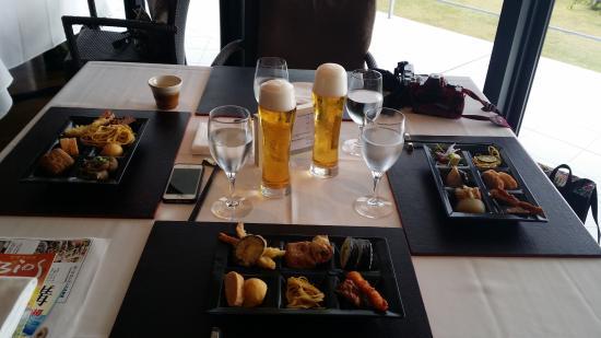 Kafuu Resort Fuchaku Condo Hotel: Cheer the Draft Beer!